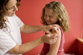 Kokliušas – Kaip sergantį vaiką gydyti namuose?